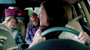 Meineke Car Care Centers Basic Oil Change TV Spot, 'Staycation' - Thumbnail 4