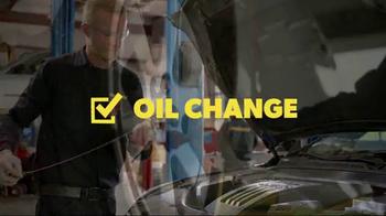 Meineke Car Care Centers Basic Oil Change TV Spot, 'Staycation' - Thumbnail 7