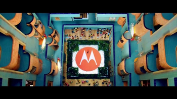 Motorola Moto Z Droid TV Spot, 'Hellomoto: Time to Reimagine' - Thumbnail 9