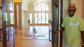 Four Seasons Resort TV Spot, 'Disney Dining and Golf' - Thumbnail 1