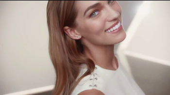 Olay Total Effects TV Spot, 'Take Years Off' - Thumbnail 6