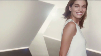 Olay Total Effects TV Spot, 'Take Years Off' - Thumbnail 7