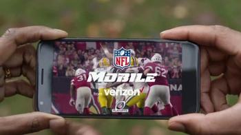 Verizon NFL Mobile TV Spot, 'Football/Life Balance: $10 Trade-In' - Thumbnail 5