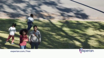 Experian TV Spot, 'Sharing Free Access to Your Credit' - Thumbnail 7