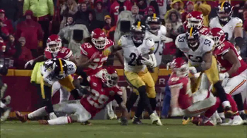 Microsoft Surface TV Spot, 'NFL Sidelines: Steelers vs. Chiefs' - Thumbnail 7