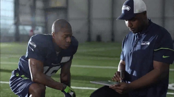 Microsoft Surface TV Spot, 'NFL Sidelines: Steelers vs. Chiefs' - Thumbnail 8