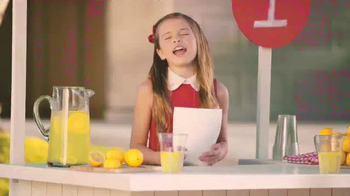 T-Mobile One TV Spot, 'Lemonade Stand' - Thumbnail 10