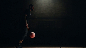 Nike Kyrie 3 TV Spot, 'Improv' Featuring Kyrie Irving, Questlove - Thumbnail 8