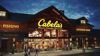 Cabela's After Christmas Clearance TV Spot, 'Boots, Coats & Base Layers' - Thumbnail 9