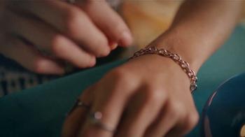 Boss Revolution TV Spot, 'Cena romántica: IDT 100' [Spanish] - Thumbnail 1