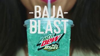 Taco Bell $5 Cravings Deal TV Spot, 'Obtén todo lo que quieres' [Spanish] - Thumbnail 5
