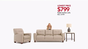Macy's After Christmas Furniture Sale TV Spot, 'Sectionals, Beds and Sofas' - Thumbnail 5