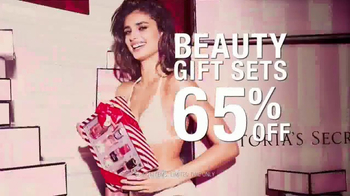 Victoria's Secret After Christmas Sale TV Spot, 'Be There' - Thumbnail 7
