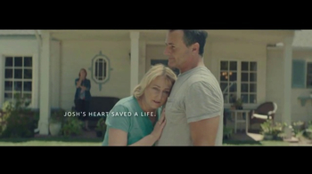 UNOS TV Spot, 'How to Rock a Bucket List and Save a Life' Song by Metric - Thumbnail 9