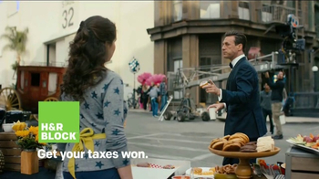H&R Block TV Spot, 'Donuts' Featuring Jon Hamm - Thumbnail 9