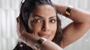 Pantene Pro-V TV Spot, 'Poténcialo' con Priyanka Chopra [Spanish] - Thumbnail 2