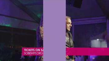 2017 South Beach Wine & Food Festival TV Spot, 'How's the Food?' - Thumbnail 6