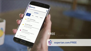 Experian CreditWorks TV Spot, 'Driving' - Thumbnail 5