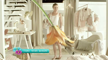 Lagicam Feminine Cleansing Wash TV Spot, Flores' [Spanish] - Thumbnail 3
