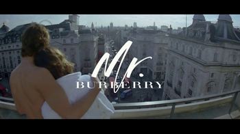 Burberry Mr. Burberry TV Spot, 'London Views' Song by Benjamin Clementine - Thumbnail 8