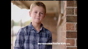 Mattress Firm Foster Kids TV Spot, 'Donación de juguetes' [Spanish] - Thumbnail 7