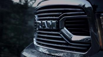 Ram Trucks Big Finish TV Spot, 'Light Up the Holiday' [T2] - Thumbnail 3
