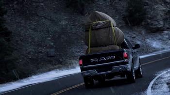 Ram Trucks Big Finish TV Spot, 'Light Up the Holiday' [T2] - Thumbnail 4