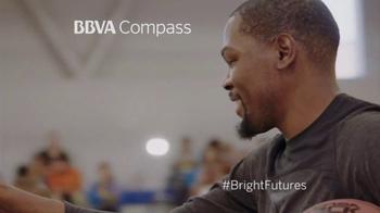 BBVA Compass TV Spot, 'Bright Futures' Featuring Kevin Durant - Thumbnail 4