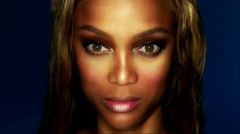 TYRA Beauty TV Spot, \'Heart\'