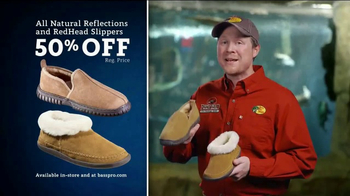 Bass Pro Shops Christmas Sale TV Spot, 'Slippers and e-Gift Cards' - Thumbnail 5
