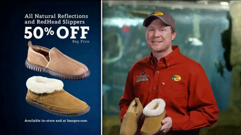 Bass Pro Shops Christmas Sale TV Spot, 'Slippers and e-Gift Cards' - Thumbnail 6