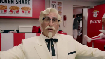 KFC $10 Chicken Share TV Spot, 'Ice Bath' Featuring Rob Riggle - Thumbnail 2