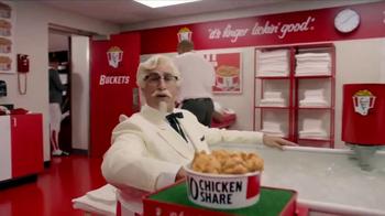 KFC $10 Chicken Share TV Spot, 'Ice Bath' Featuring Rob Riggle - Thumbnail 5