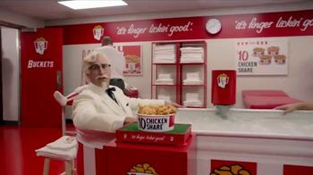 KFC $10 Chicken Share TV Spot, 'Ice Bath' Featuring Rob Riggle - Thumbnail 6