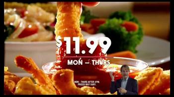 Golden Corral Prime Rib & Shrimp Trio TV Spot, 'Kick Off the New Year' - Thumbnail 6