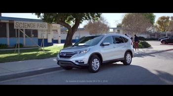 2016 Honda CR-V TV Spot, 'Feria de ciencias: Astronauta' [Spanish] - Thumbnail 10