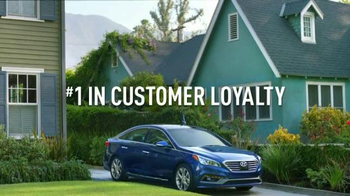 2016 Hyundai Sonata TV Spot, 'NFL: Field Goal: Stay Loyal' - Thumbnail 10