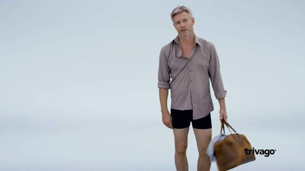 trivago TV Commercial, 'Kicked Out' - Video