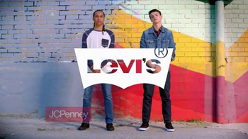 JCPenney TV Spot, 'Regreso a clases: Levi's' [Spanish] - Thumbnail 2