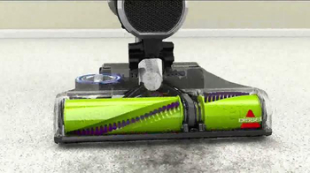 Bissell Pet Hair Eraser Vacuum TV Spot, 'Home With the Pets' - Thumbnail 6