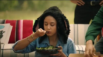 Domino's Salads TV Spot, 'Oveja Negra' [Spanish] - Thumbnail 7