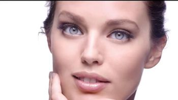 Maybelline New York Superstay Better Skin TV Spot, 'Todo el día' [Spanish] - 166 commercial airings