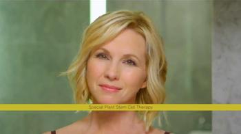 Chamonix Genucel TV Spot, 'News Flash' Feat. Ingrid Hoffmann, Suzanne Sena - Thumbnail 8