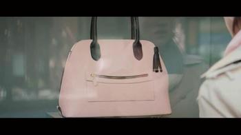 Retailmenot.com TV Spot, 'Handbag' - Thumbnail 9