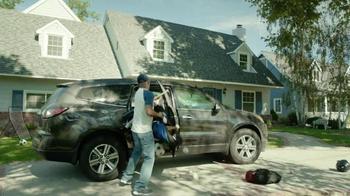 2017 Chrysler Pacifica TV Spot, 'Hands-Free Door' Featuring Jim Gaffigan - Thumbnail 6