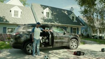 2017 Chrysler Pacifica TV Spot, 'Hands-Free Door' Featuring Jim Gaffigan - Thumbnail 8
