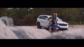 Jeep Summer Clearance Event TV Spot, 'Near or Far: August' - Thumbnail 1
