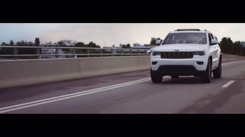 Jeep Summer Clearance Event TV Spot, 'Near or Far: August' - Thumbnail 2