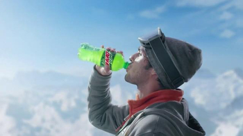 Mountain Dew TV Spot, 'Snowboarding'