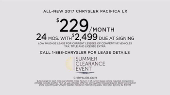 2017 Chrysler Pacifica Summer Clearance Event TV Spot, 'Discover' - Thumbnail 2